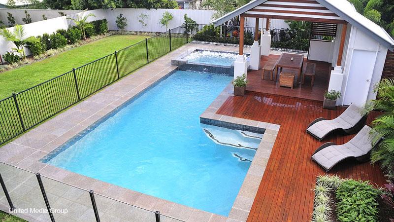 Amenajari interioare design de piscina alegerea celui for Amenajari piscine
